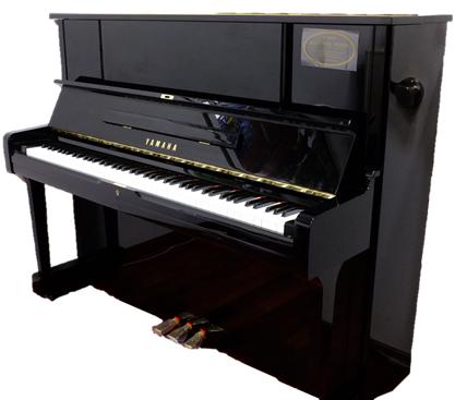YAMAHA リニューアルピアノ  UX1